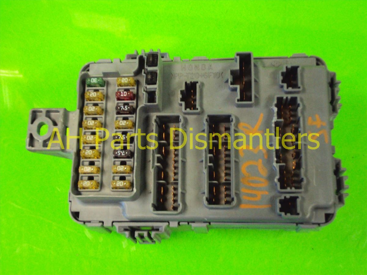 additionally 38200 S5A A31 3 grande also  likewise  furthermore 38200 S5A A31 2 21263ea1 925f 463a b49b 4c5eee56c3e4 grande moreover Fuse 20Interior 20  20Part 201 together with  also 2002 Honda Civic Main Fuse Box Diagram together with  in addition  likewise 2011 05 15 223647 cruise2. on 2002 honda civic ex fuse box