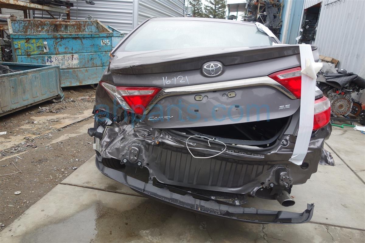 Buy 2016 Toyota Camry TRUNK TRIM MOLDING - CHROME 76801-06A71 ...