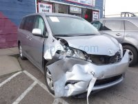 2012 Toyota Sienna Front passenger DOOR NO MIRROR OR TRIM PANEL Replacement