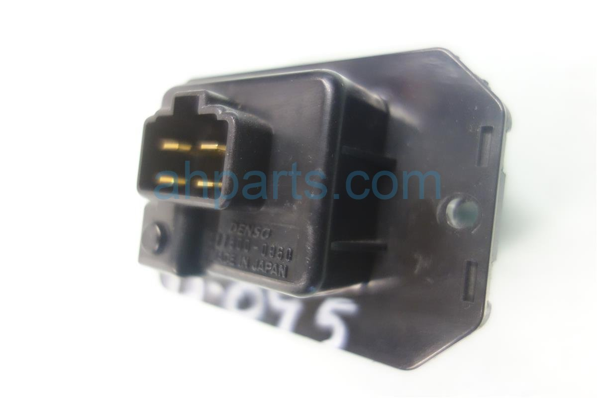 Blower motor resistor location 04 buick century blower for 1994 chevy silverado blower motor resistor location