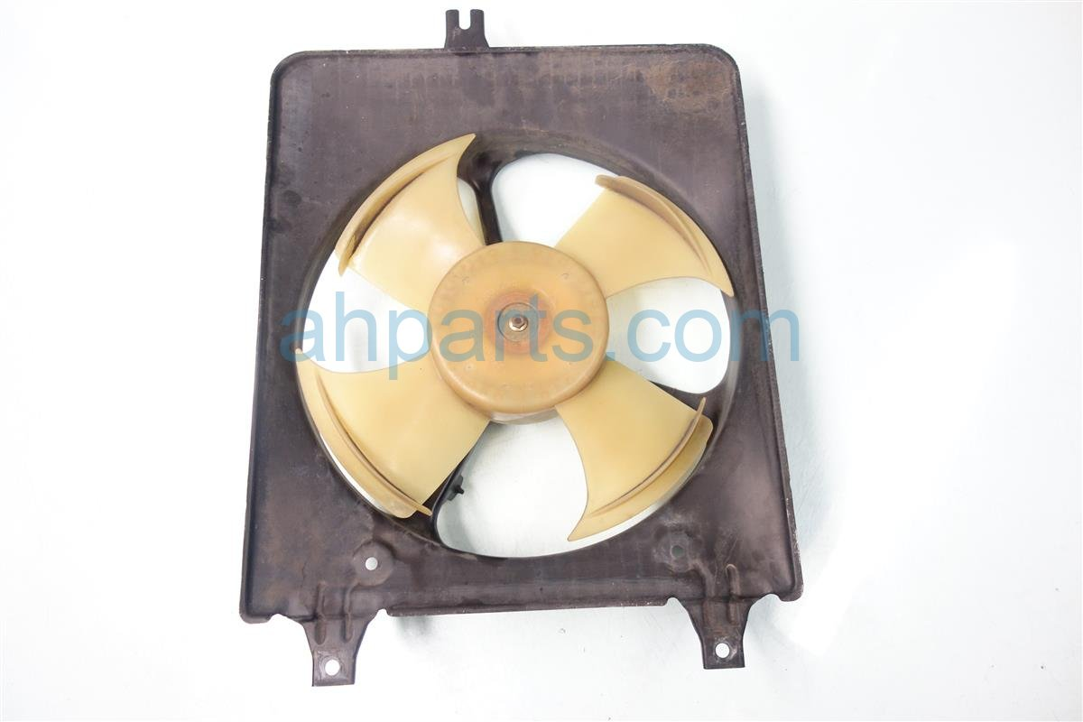 1999 Honda Accord Cooling AC CONDENSER FAN ASSEMBLY 38611 PAA A01 38611PAAA01 Replacement