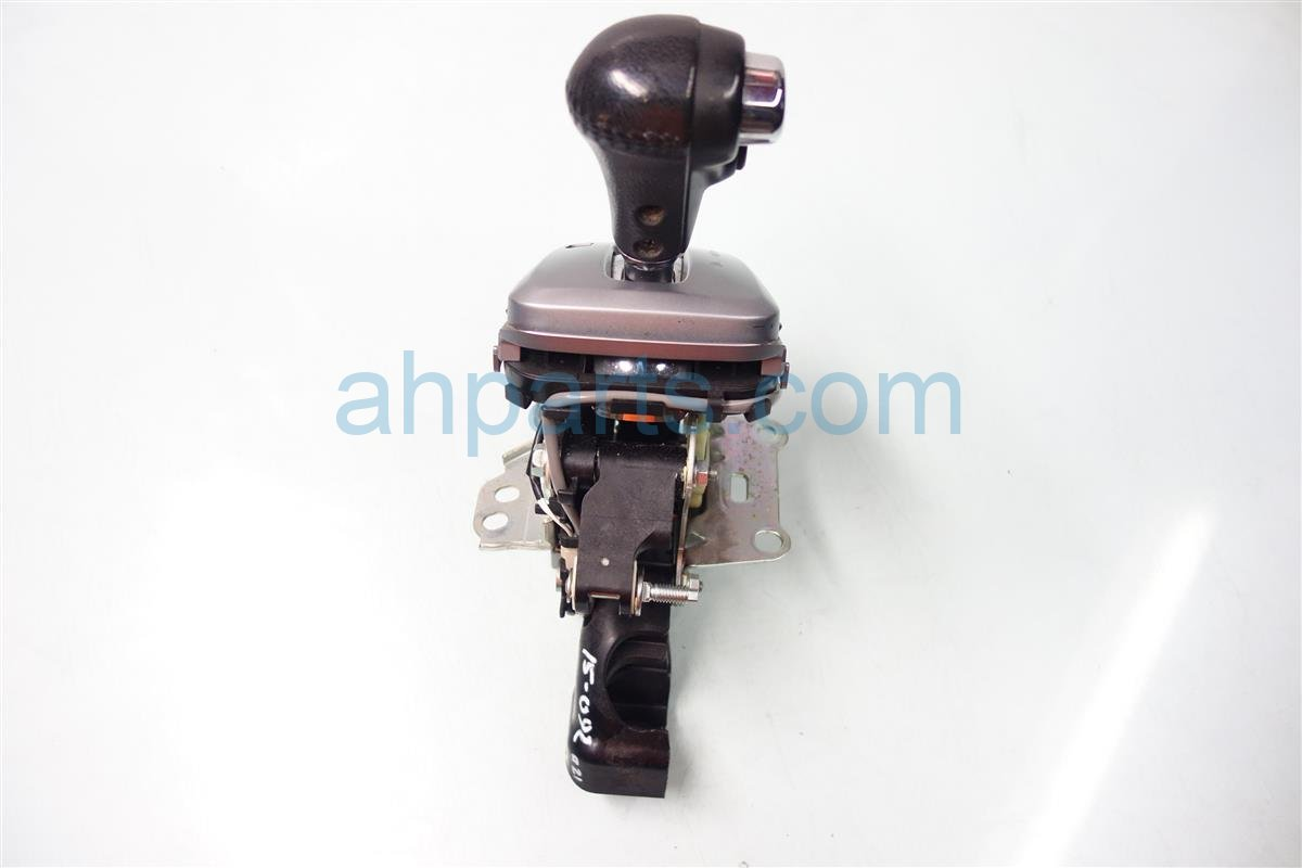 2007 Honda CR V FLOOR SHIFTER AT 54200 SWA A81 54200SWAA81 Replacement