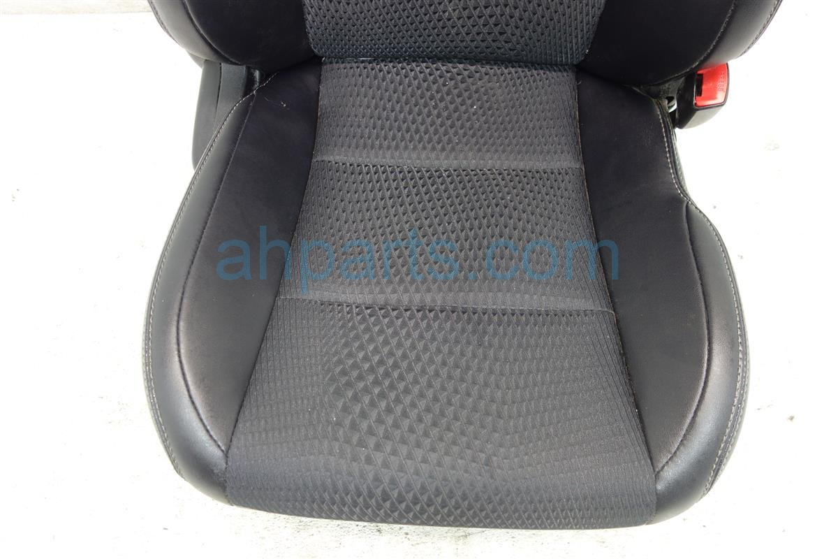 2013 Toyota Camry Front passenger SEAT BLACK 71074 06E62 B4 7107406E62B4 Replacement