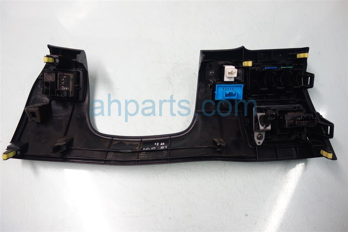 2009 Lexus Is 250 Dashboard LOWER DASH COVER W SWITCH 55045 53042 5504553042 Replacement