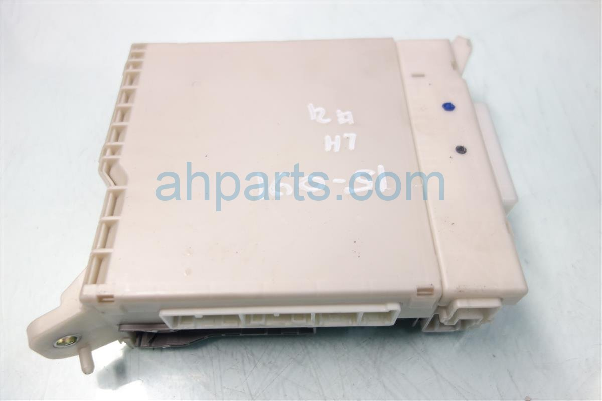 2009 Lexus Is 250 Driver DASH CABIN FUSE BOX 82730 53050 Replacement