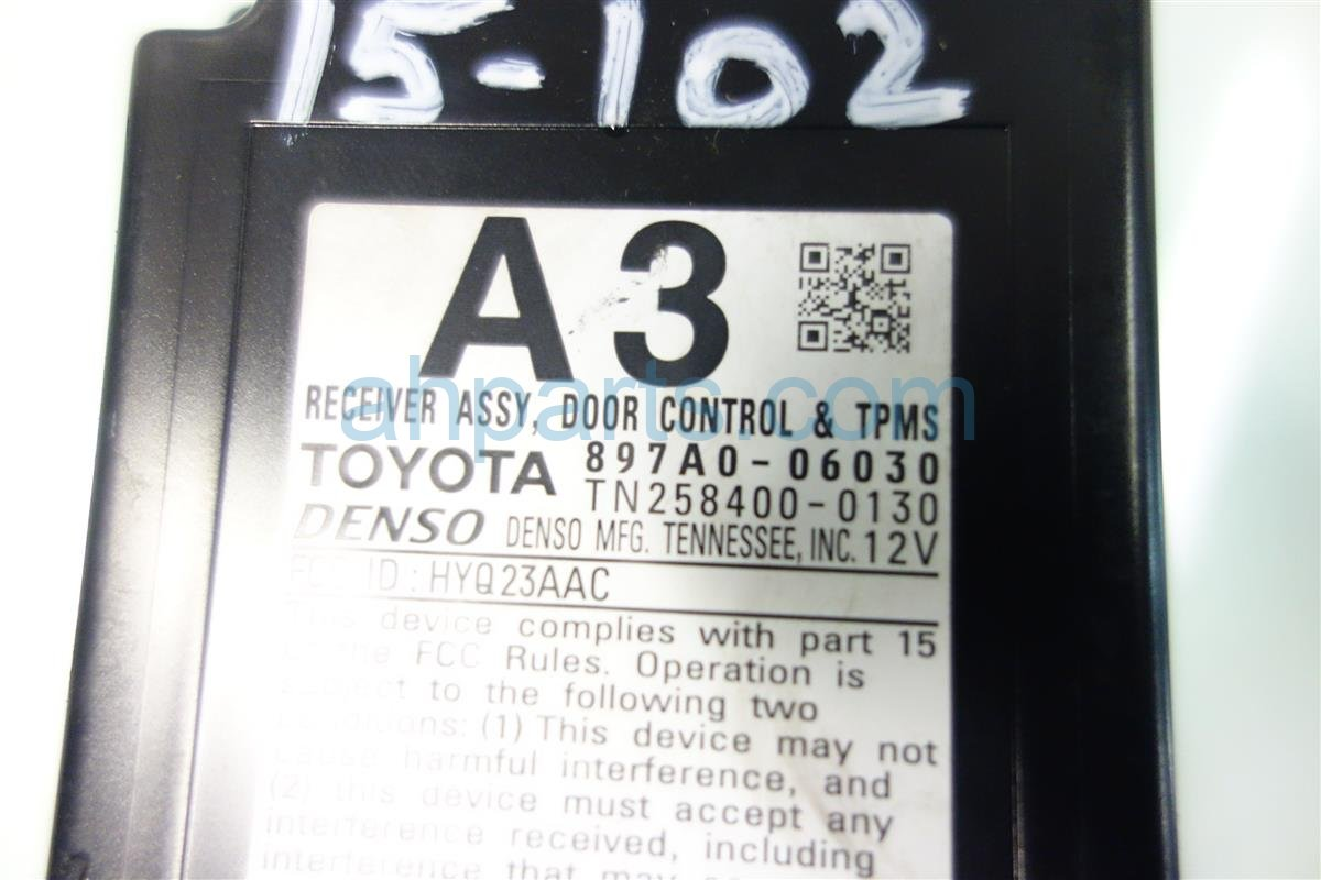 2013 Toyota Camry DOOR CONTROL 897A0 06020 Replacement