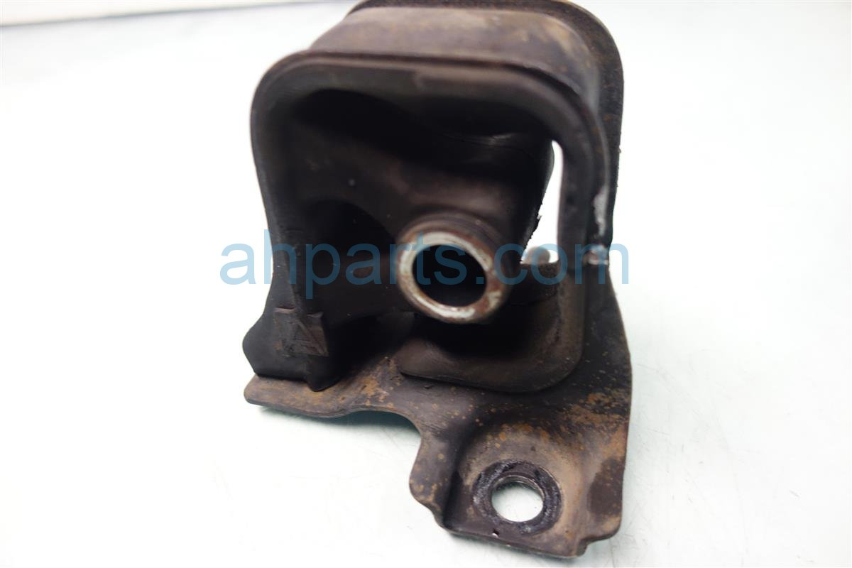 1999 Honda Accord Engine Motor mount FR ENGINE STOPPER 50840 S84 305 50840S84305 Replacement