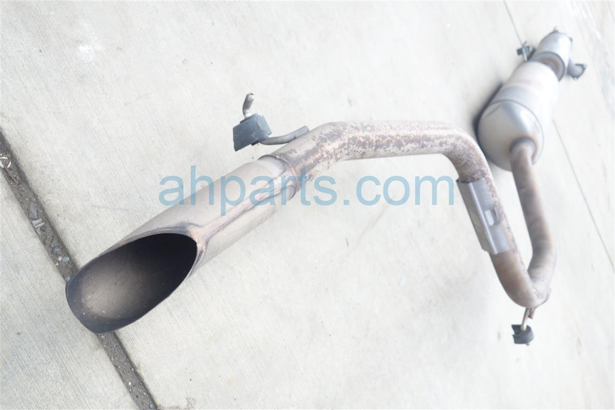 2011 Honda Odyssey EX MUFFLER DENTED 18307 TK8 A03 18307TK8A03 Replacement