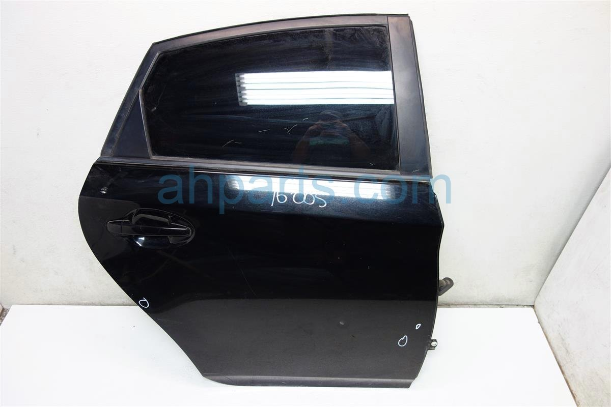 2013 Toyota Prius Rear passenger DOOR BLACK 3 DINGS Replacement