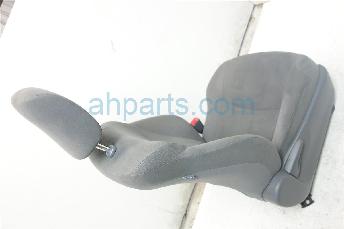 2013 Toyota Prius Front passenger SEAT GRAY CLOTH 71430 47370 B6 7143047370B6 Replacement