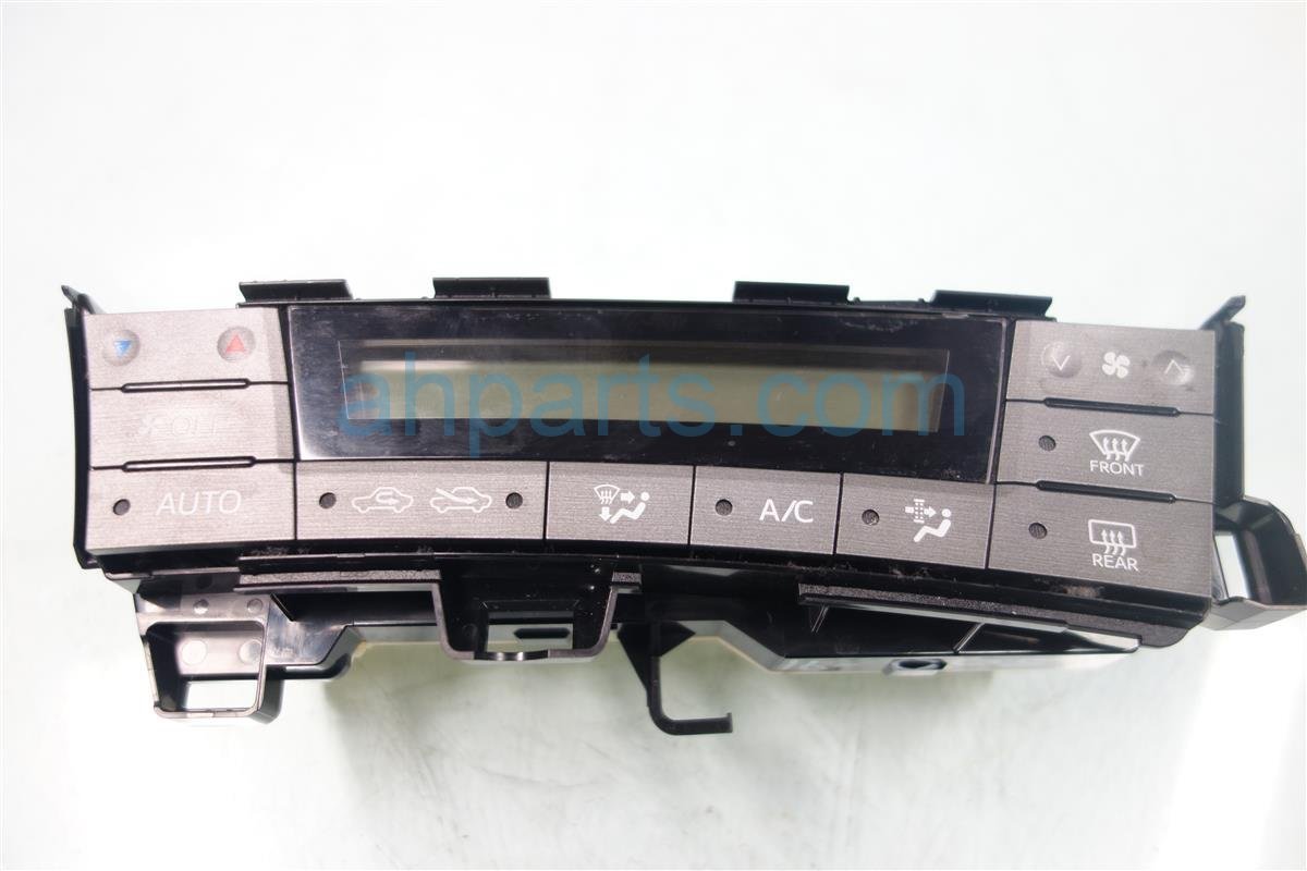 2013 Toyota Prius Temperature Climate HEATER AC CONTROL ON DASH 55900 47120 5590047120 Replacement