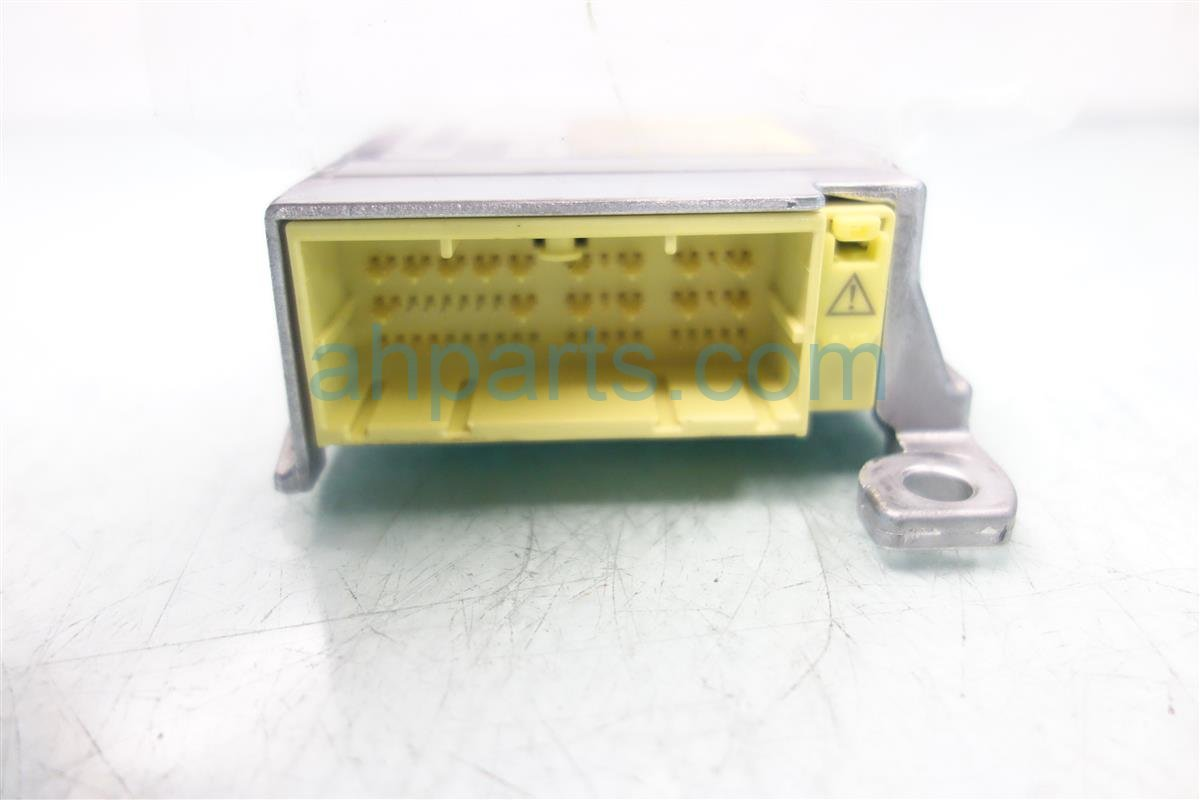 2013 Toyota Prius SRS AIRBAG COMPUTER MODULE Replacement