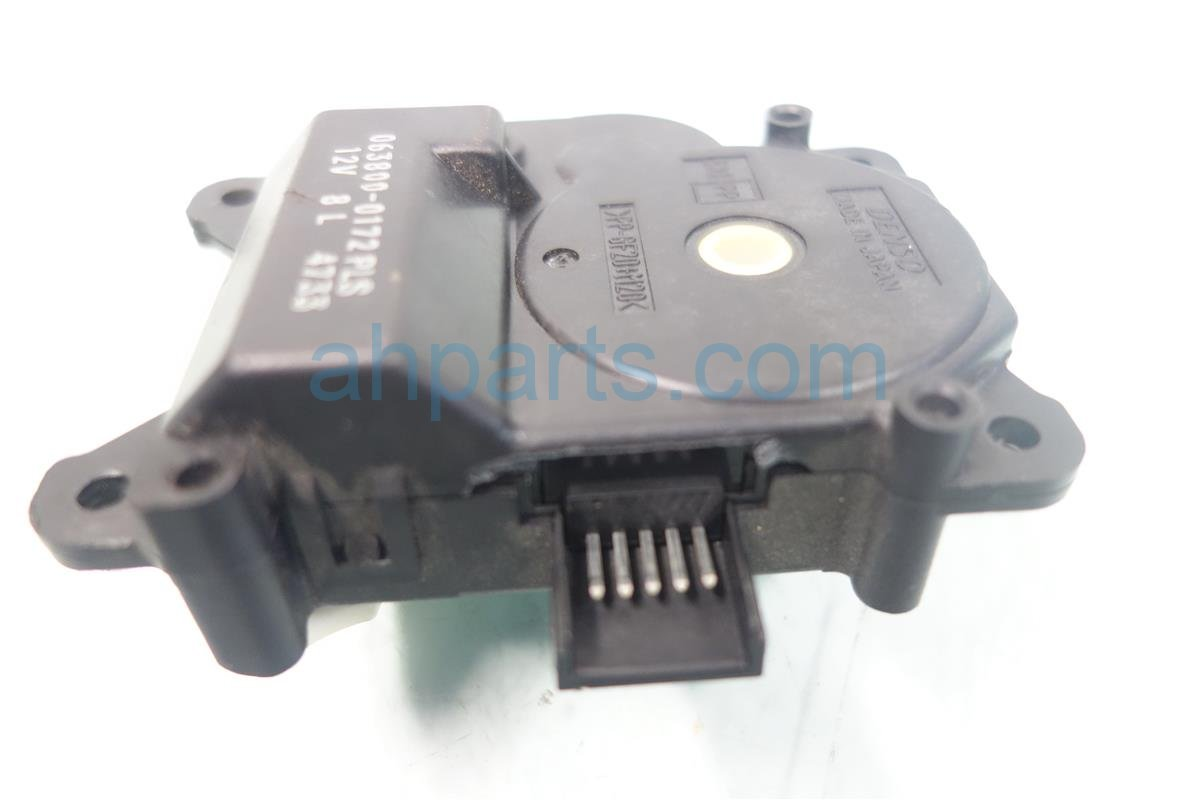 2010 Lexus Rx350 Heater Core SERVO MOTOR BROKEPLUG 063800 0172 Replacement