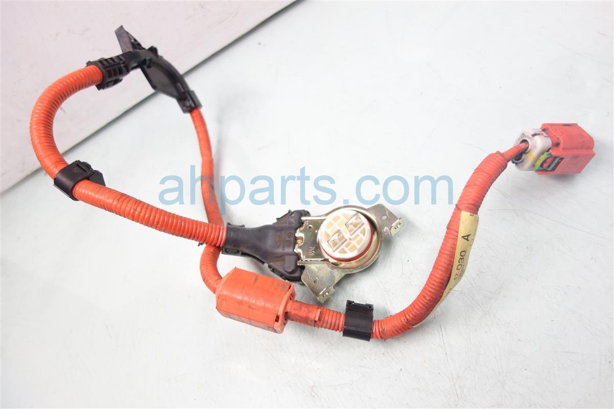 2013 Toyota Prius ENGINE WIRE 2 82122 47030 Replacement