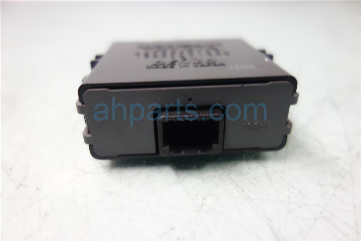 2013 Toyota Prius TPMS SENSOR 89769 47030 8976947030 Replacement