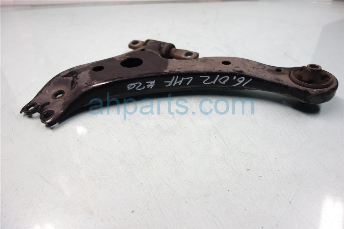 2011 Toyota Camry Front driver LOWER CONTROL ARM Replacement