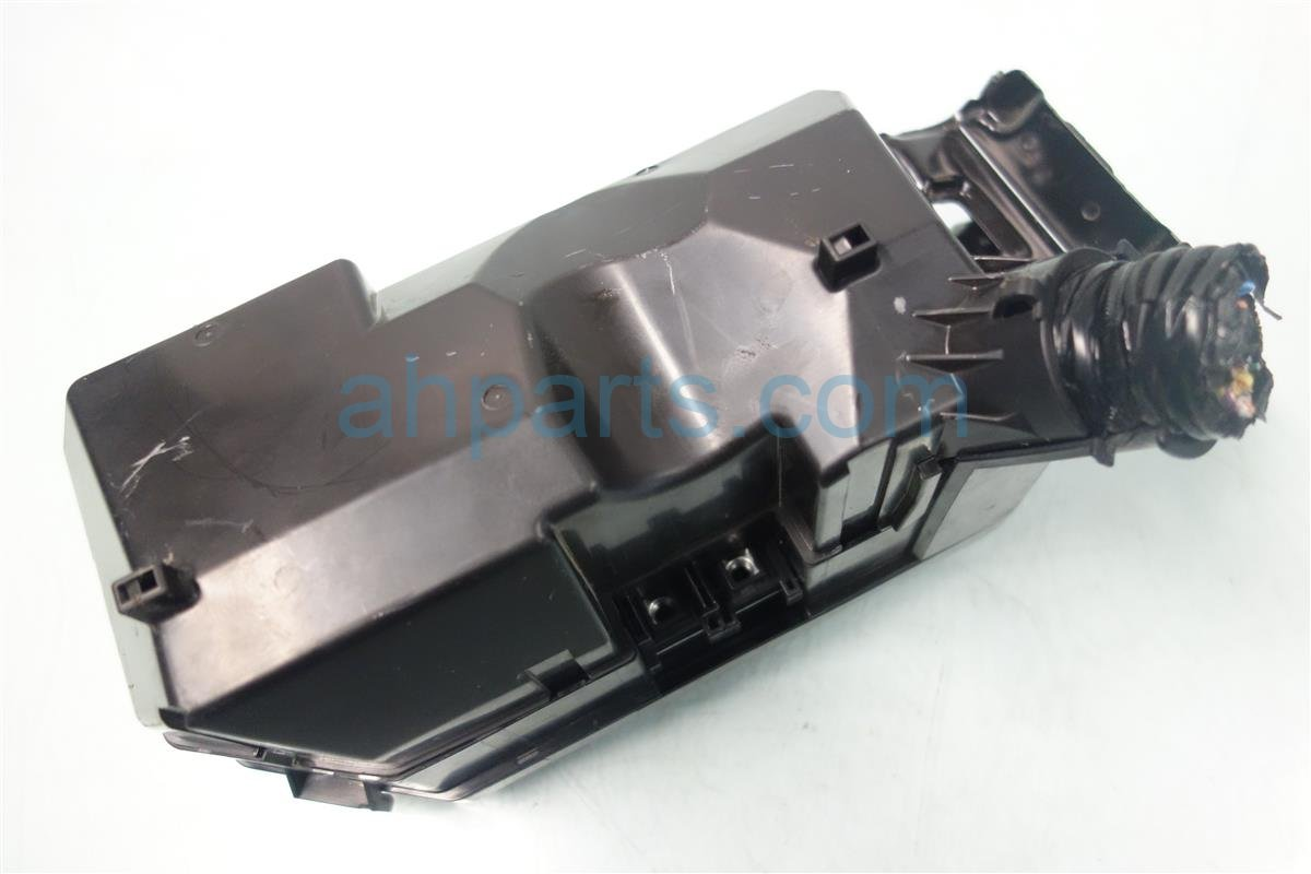 2015 Honda Civic ENGINE FUSEBOX 32200 TR9 A02 32200TR9A02 Replacement