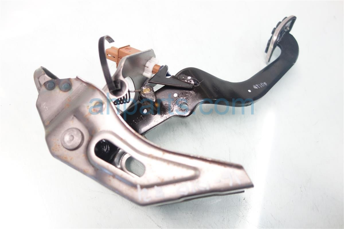 2015 Honda Civic BRAKE PEDAL 46600 tr0 L01 46600tr0L01 Replacement