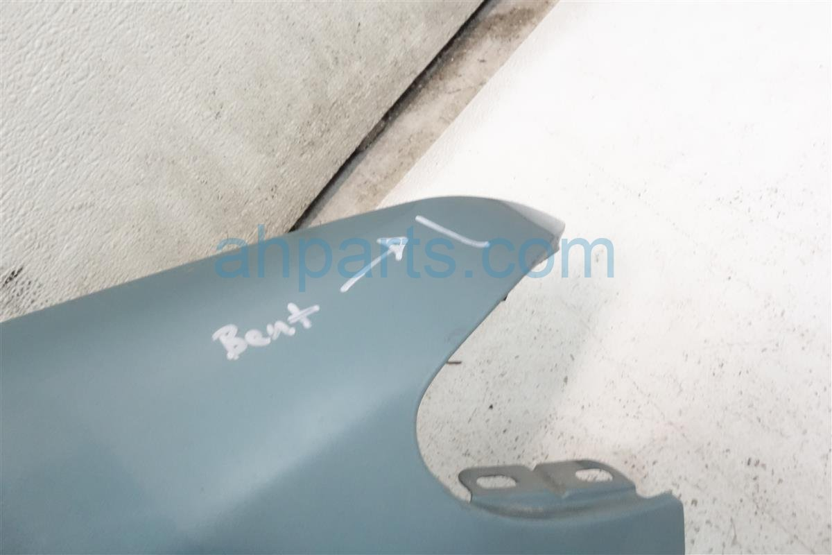 1999 Acura CL Front Passenger FENDER teal 1 dings BENT CORNER 60211 SY8 A00ZZ 60211SY8A00ZZ Replacement