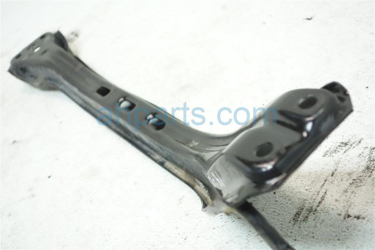 1999 Acura CL Crossmember FRONT SUBFRAME CENTER BEAM 50100 SV7 A00 50100SV7A00 Replacement