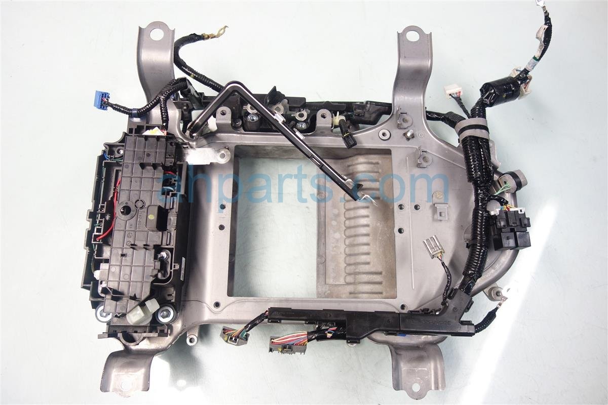 2013 Acura ILX Battery HEAT SINK CASE FRAME 1J410 RW0 000 1J410RW0000 Replacement
