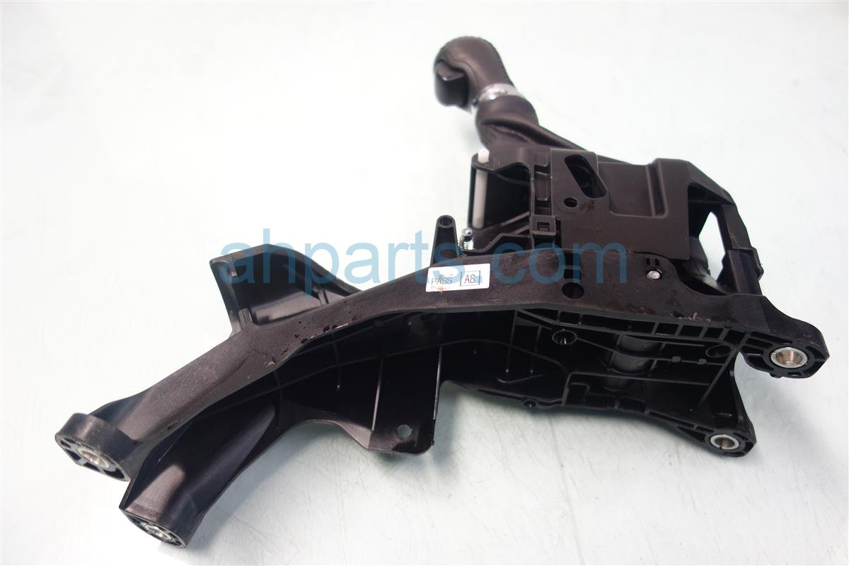 2013 Acura ILX FLOOR SHIFTER 54200 TX6 A81 54200TX6A81 Replacement