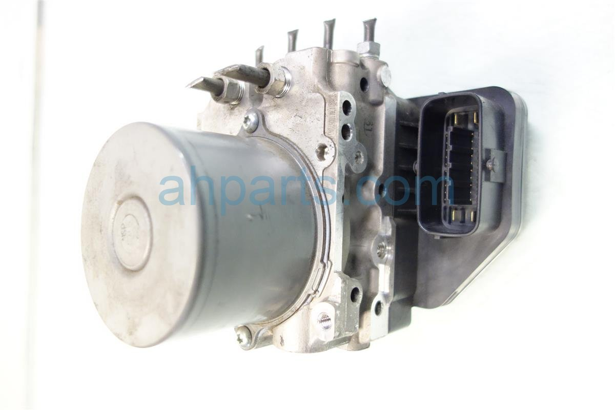 2011 Toyota Sienna (anti Lock Brake) Abs/vsa Pump/modulator 4405008200 Replacement