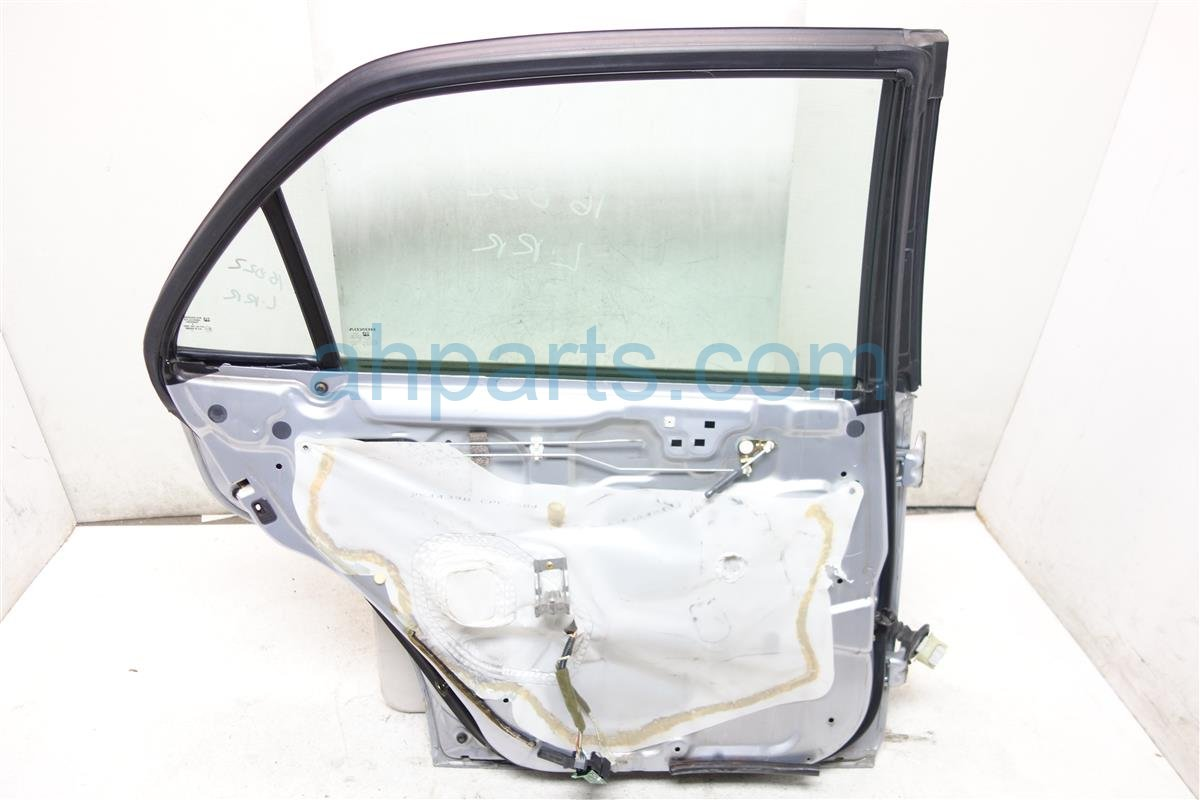 1998 Honda Accord Rear driver DOOR SHELL ONLY SILVER 2 ding 67550 S84 A90ZZ 67550S84A90ZZ Replacement