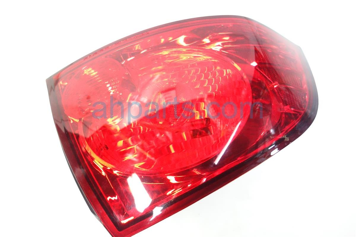2006 Nissan Sentra Rear Lamp Driver TAILLIGHT AFTERMARKET Replacement
