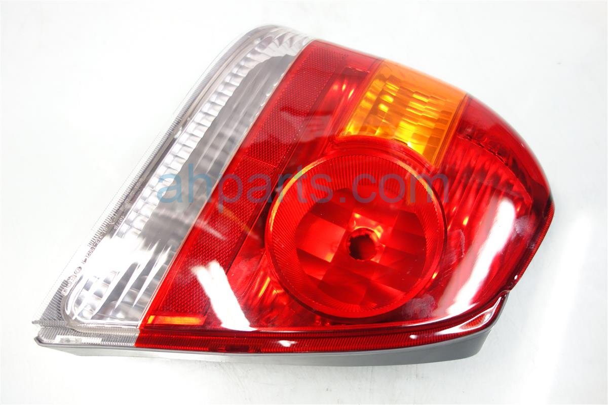 2005 Toyota Echo Rear Lamp LEFT TAIL LIGHT AFTERMARKET Replacement