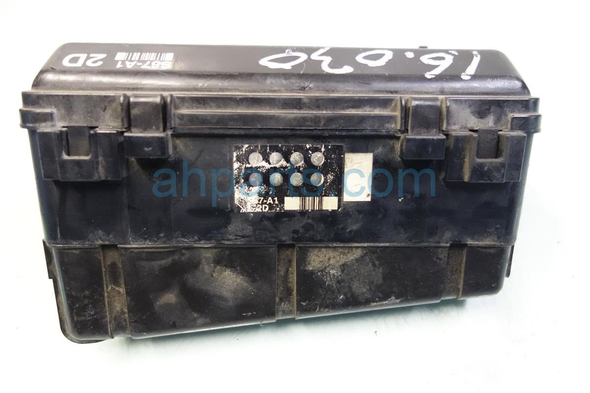 2001 Honda Accord ENGINE FUSE BOX 38250 S84 A32 38250S84A32 Replacement
