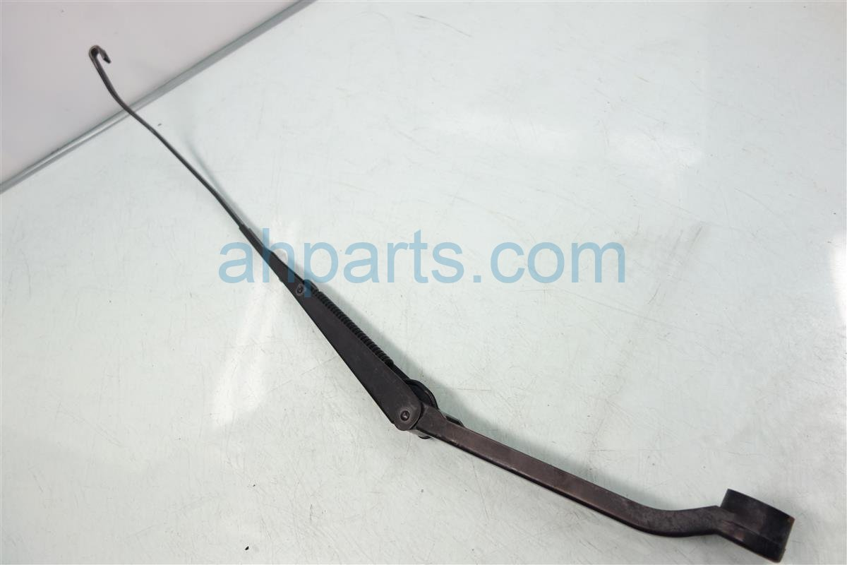 2001 Honda Accord Windshield Passenger WIPER ARM OEM 76610 S84 A01 76610S84A01 Replacement
