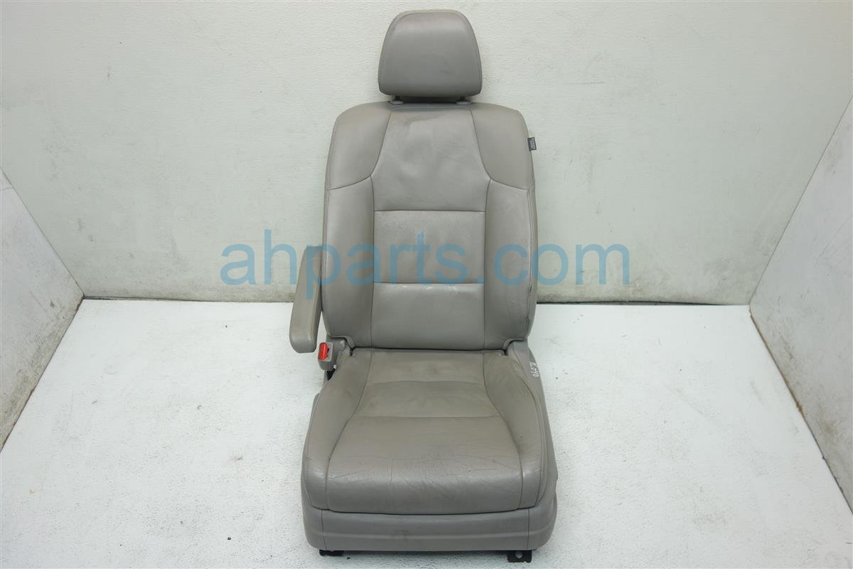 2011 Honda Odyssey Front driver SEAT LIGHT GRAY NORMAL WEAR 81527 TK8 X41 81527TK8X41 Replacement