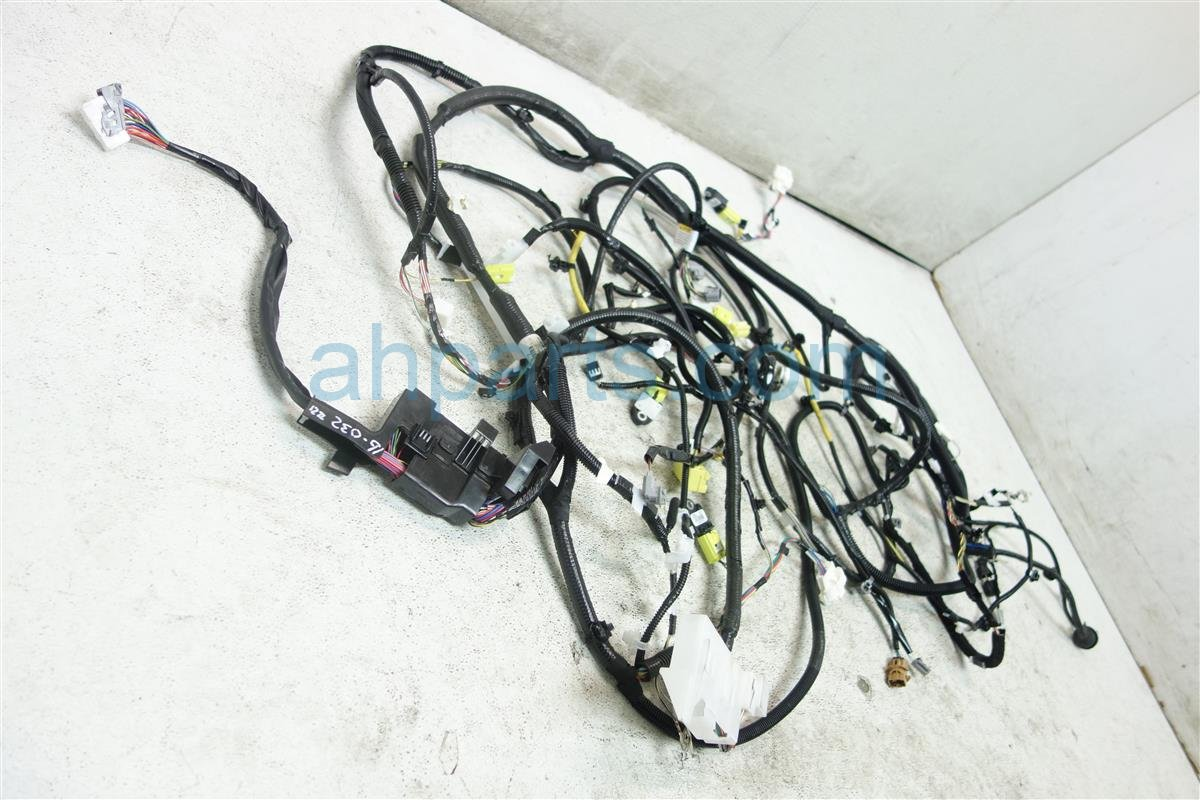 2014 Toyota Corolla FLOOR HARNESS 82161 0ZL20 Replacement