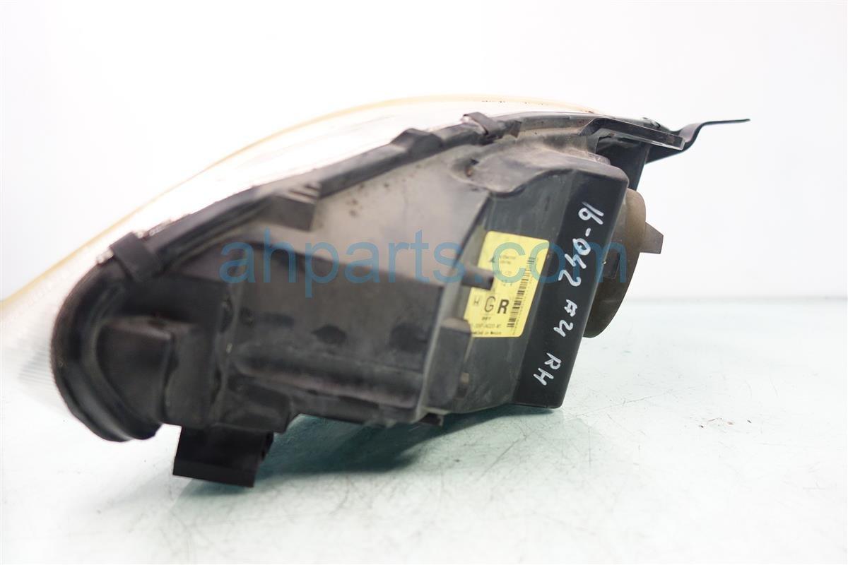 2001 Honda Civic Headlight Passenger HEAD LIGHT LAMP NEEDS POLISHING Replacement