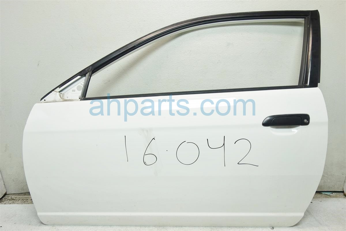 2001 Honda Civic Front Driver DOOR SHELL ONLY WHITE 4 DINGS 32751 S5P A12 32751S5PA12 Replacement