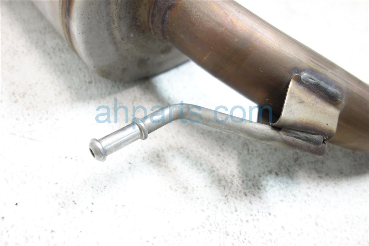 2015 Honda FIT EXHAUST PIPE B 18220 T5R A52 18220T5RA52 Replacement