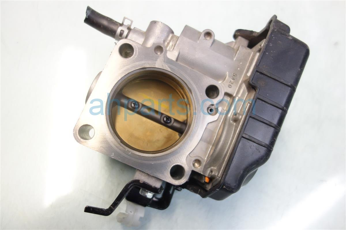 2013 Honda Accord AT THROTTLE BODY 16400 5A0 A02 164005A0A02 Replacement
