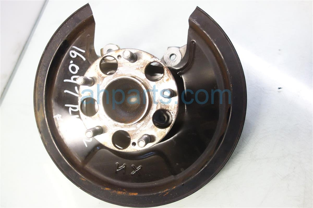 2013 Acura ILX Axle stub Rear passenger SPINDLE KNUCKLE 52210 TX6 A01 52210TX6A01 Replacement