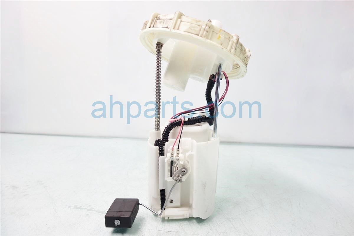 2013 Honda Civic GAS FUEL PUMP 17045 TR0 A70 17045TR0A70 Replacement
