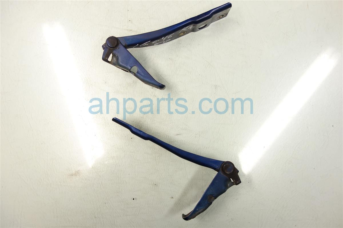 2003 Acura CL HOOD HINGES Driver AND Passenger 60120 S3M A00ZZ 60120S3MA00ZZ Replacement