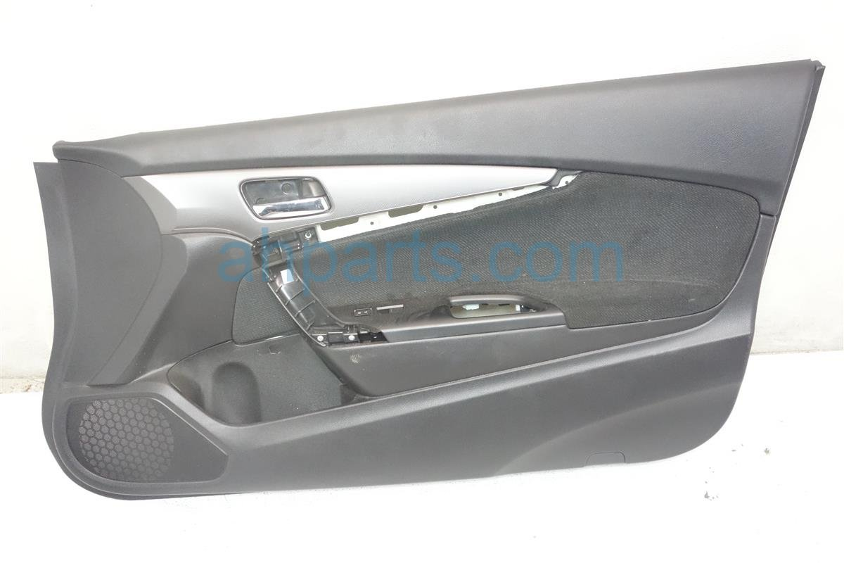 2013 Honda Accord Front trim liner Passenger DOOR PANEL BLACK HAS CRACK 83501 T3L A01ZA 83501T3LA01ZA Replacement
