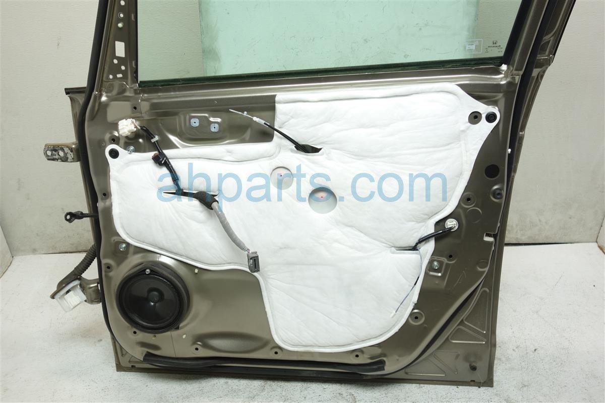 2011 Honda Odyssey Front passenger DOOR GOLD 67010 TK8 A93ZZ 67010TK8A93ZZ Replacement