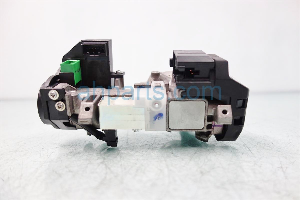 2011 Honda Odyssey Engine Control module computer ECU WITH IGNITION SWITCH NO KEY 37820 RV0 A56 37820RV0A56 Replacement