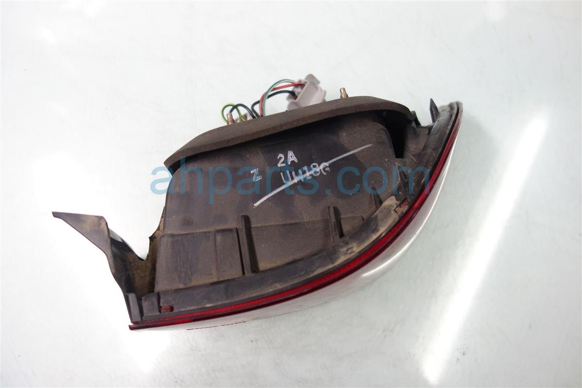 1997 Honda Civic Rear Passenger TAIL LAMP LIGHT ON BODY 33501 S02 A01 33501S02A01 Replacement