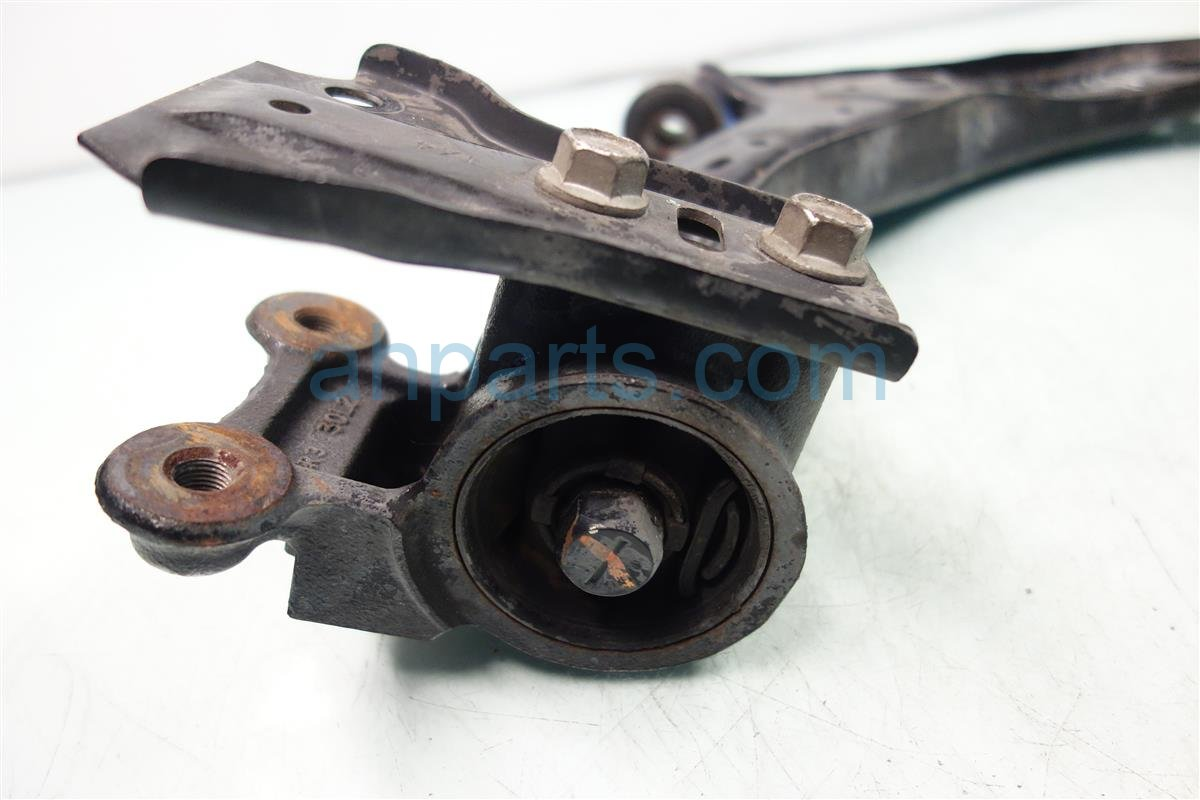 2013 Acura RDX Front driver LOWER CONTROL ARM WALK IN ONLY 51360 TX4 A01 51360TX4A01 Replacement