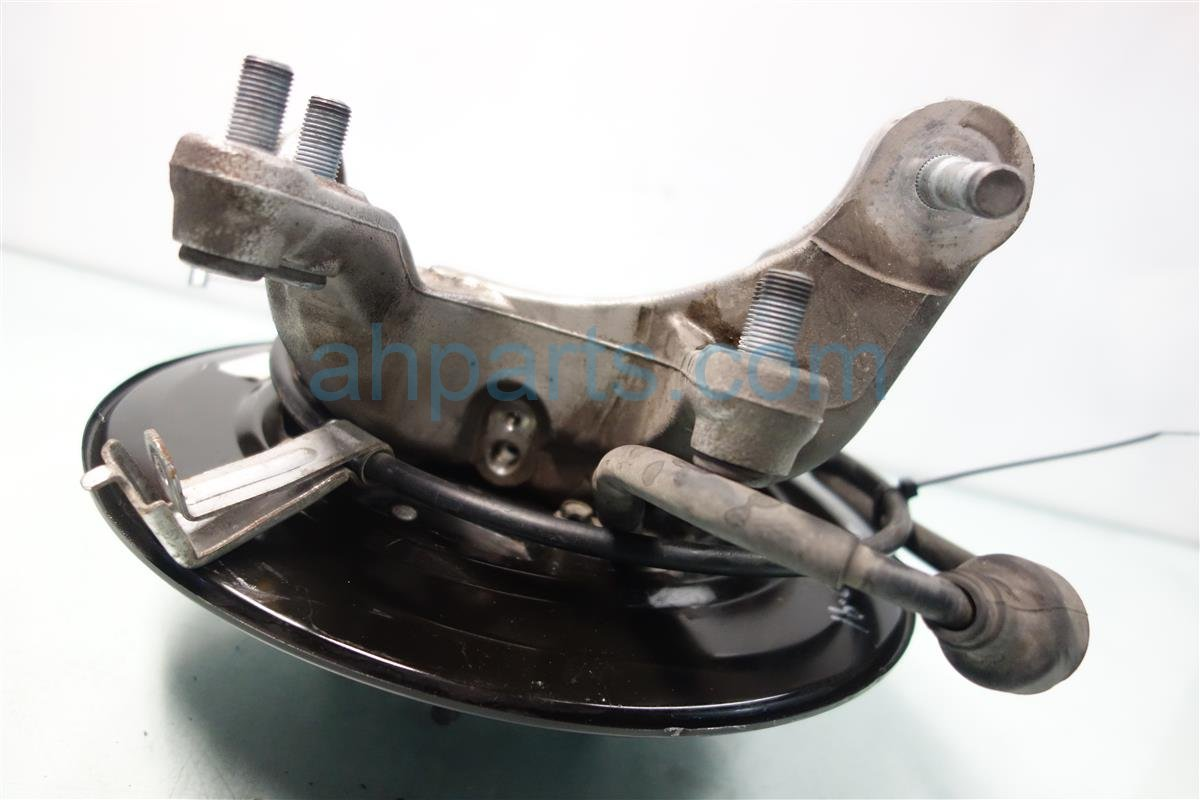 2013 Acura RDX Axle stub Rear passenger SPINDLE KNUCKLE Replacement