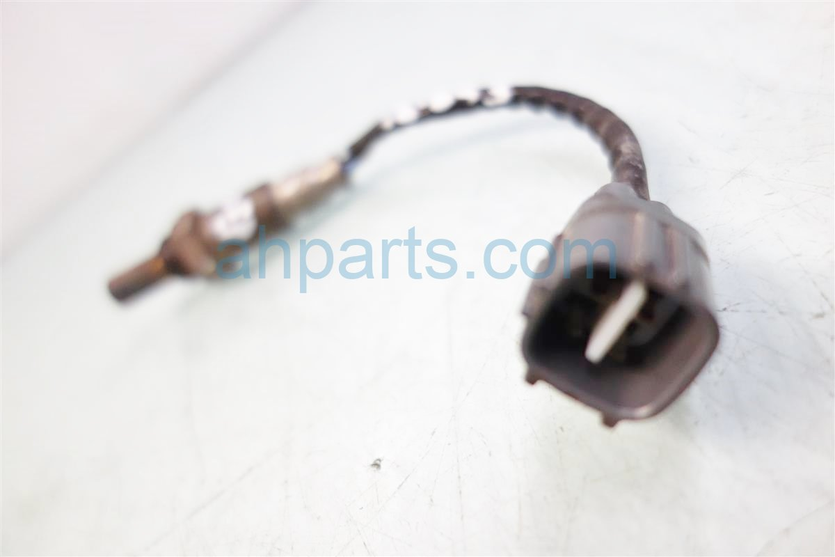 2008 Toyota Tacoma REAR BOTTOM OXYGEN SENSOR Replacement