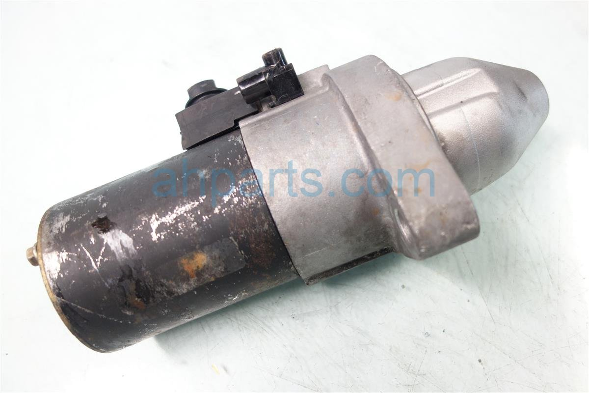 2004 Honda Civic STARTER MOTOR 31200 PNE G01 31200PNEG01 Replacement