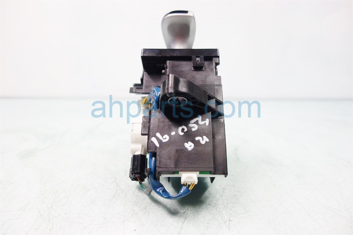 2011 Toyota Prius AT FLOOR SHIFTER 33550 47051 B0 3355047051B0 Replacement